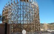 fotos de la montaña rusa Apocalypse en el parque temático Six Flags Magic Mountain
