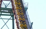 photos of Boomerang roller coaster in Six Flags Mexico theme park