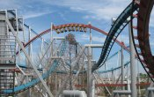 photos of Dragon Challenge roller coaster in Universal Studios Island of Adventure theme park