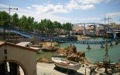 fotos de la montaña rusa Furius Baco en el parque temático Port Aventura