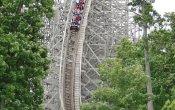 fotos de la montaña rusa Legend en el parque temático Holiday World