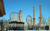fotos de la montaña rusa Stunt Fall en el parque temático Parque Warner Madrid