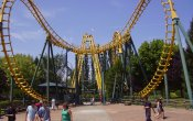 photos of Boomerang roller coaster in Walibi Rhone Alpes theme park